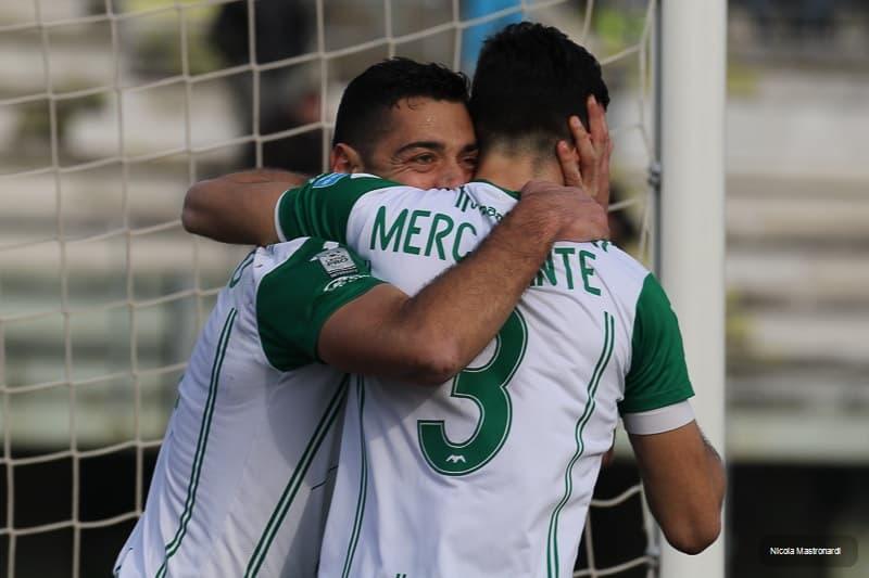 Monopoli-Siracusa finisce 1 a 1 in un incontro valido per la 23ma giornate di Lega Pro, Girone C. Tabellino e photogallery del match