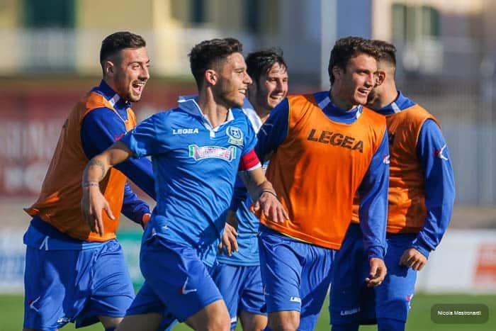 Monopoli-Paganese termina 0 a 2 in un incontro valido per la 25ma giornata di Lega Pro, Girone C. Tabellino della gara e photogallery
