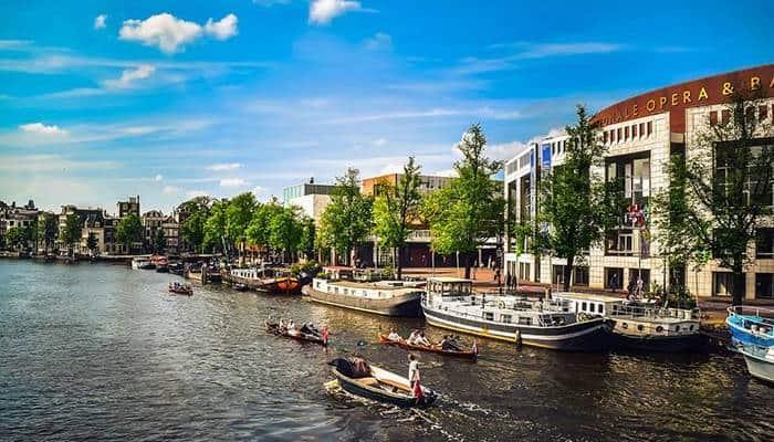 Prima di intraprendere un viaggio verso la capitale dell'Olanda, ecco una guida per capire il clima di Amsterdam