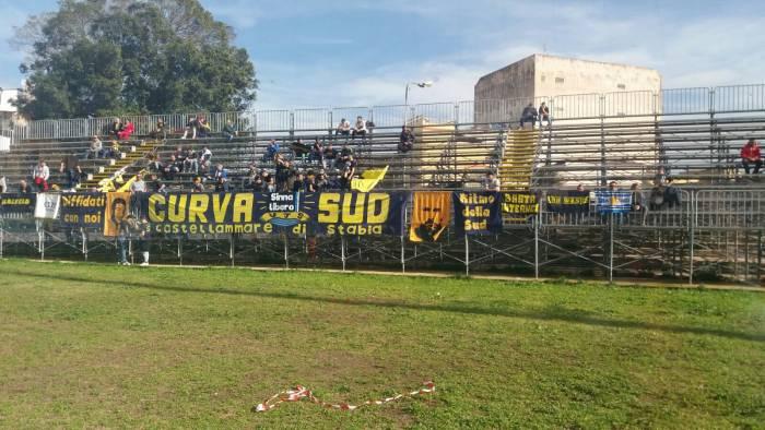Allo Stadio De Simone un meraviglioso Siracusa batte le vespe dirimonta. Siracusa-Juve Stabia finisce 3 a 2