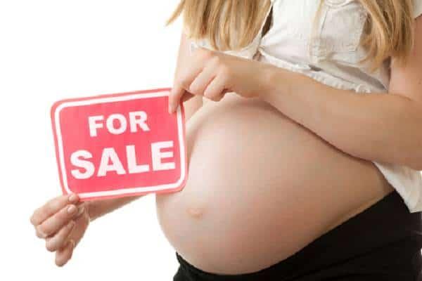 Di cosa parliamo quando ci riferiamo alla pratica dell'utero in affitto? Maternità surrogata e risvolti giuridici, economici e psicologici