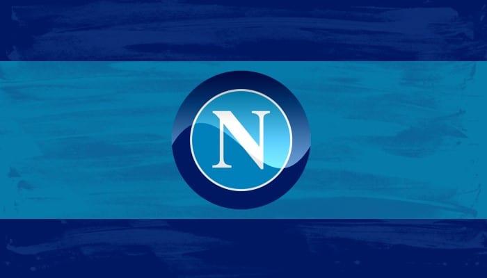 Napoli-Crotone. Era importsante vincere per due motivi: dimenticare la Champions e continuare a inseguire il secondo posto. Missione compiuta