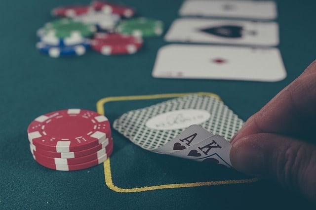 In Italia sembra proprio che il pubblico degli uomini apprezza ampiamente il mondo del gioco d'azzardo digitale. Dati e analisi