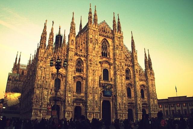 A Milano c'è stata la Design Week, un Fuorisalone da record con più di mille eventi che si è svolto in contemporanea al Salone del Mobile
