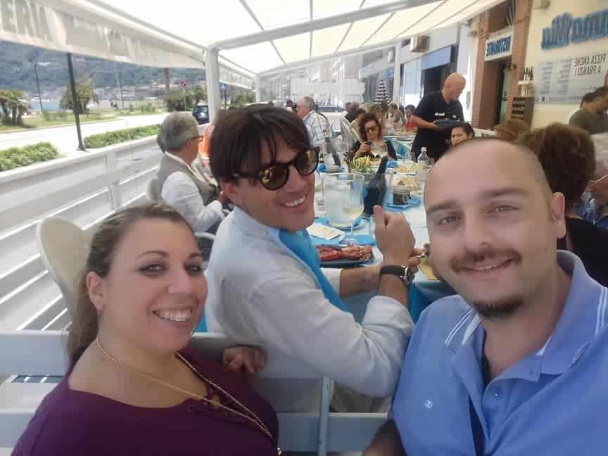Vincenzo Montella, l'allenatore del Milan, a pranzo da Mamma Mia a Castellammare di Stabia. Solo vacanza o c'è altro?
