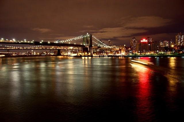 Consigli per un viaggio a New York per celebrare una notte di Capodanno unica, immersi nella magica atmosfera della Grande Mela