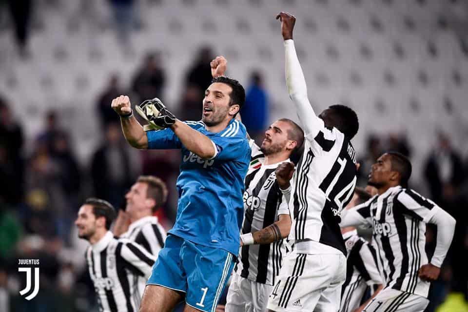 Napoli vs Juventus: la sfida del San Paolo si avvicina e l'attaccante belga degli azzurri dice la sua su vari argomenti.
