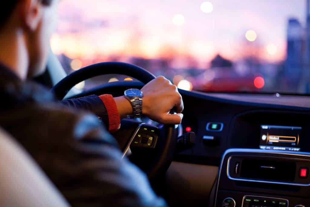Aumentano le vendite di auto usate, mentre il prezzo medio del mercato rimane sui toni dei mesi passati. Analisi di mercato
