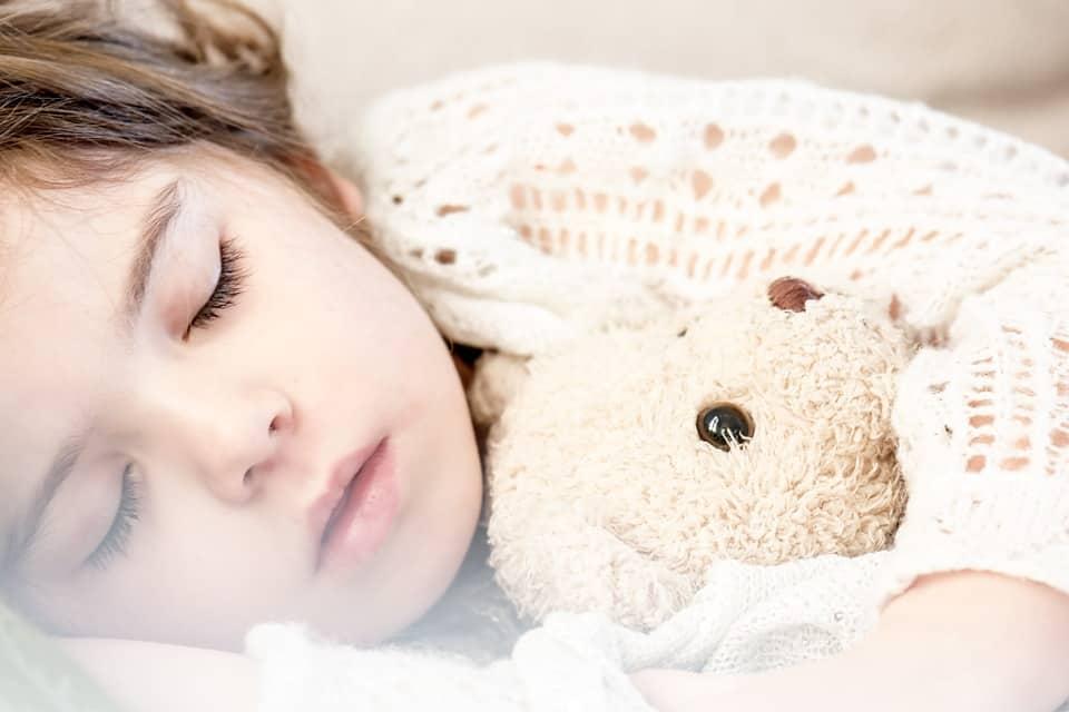 La cameretta di un bimbo può mettere in difficoltà i genitori. Far coincidere spazi, fantasia e atmosfera non è sempre semplice. Alcune idee