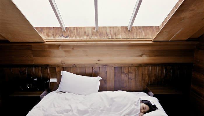 Rendere grande la camera da letto trucchi e consigli - Camera da letto grande ...