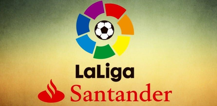 LaLiga: Il Barcellona s'allena per El Classico.