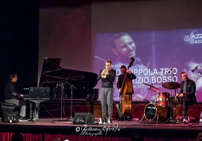 Per Jazz & Baccalà, ad esibirsi sul palco Elio Coppola con il suo Trio e ospite d'onore il bravissimo trombettista Fabrizio Bosso (foto)