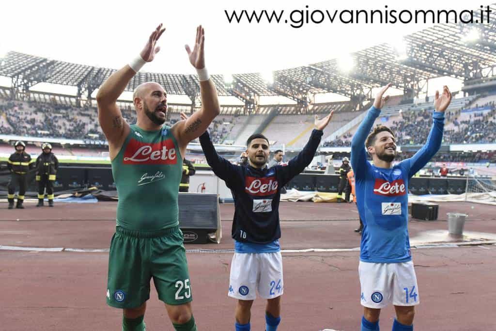 Vittoria azzurra contro i rossoblu. Ecco le foto di Napoli-Bologna, partita molto bella, decisa da una doppietta di Mertens