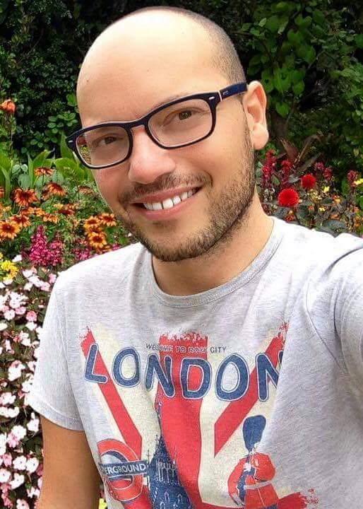 Intervista a Eduardo Paola, giovane scrittore napoletano che ci presenta il suo secondo libro: Red Carpet - vite in passerella