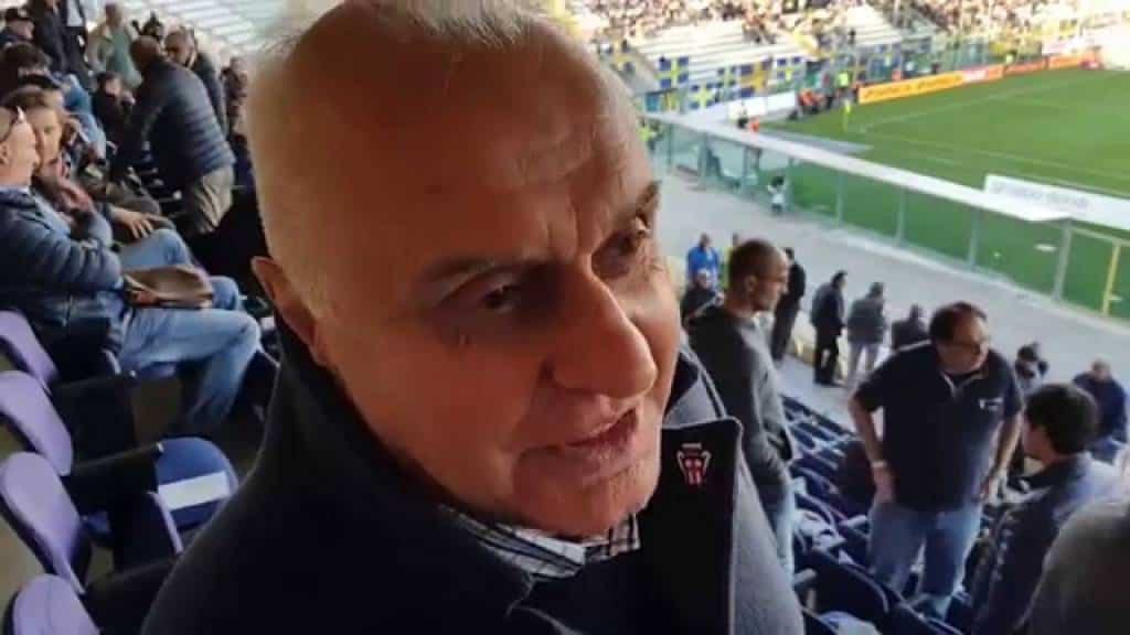 Incontriamo nella sede del calciomercato il direttore Varini della Pro Vercelli. Ci racconta le trattative in corsa