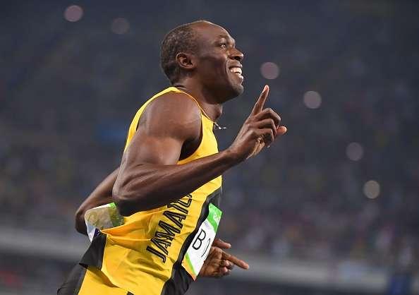 """Australia - L'ex velocista, Usain Bolt, primatista mondiale dei 100 e 200 metri, ha giocato la sua prima partita di calcio, entrando in campo con la maglia del Central Coast Mariners. """"La folla mi ha dato entusiasmo, è stato fantastico come pensavo"""", ha dichiarato Bolt al termine della partita."""