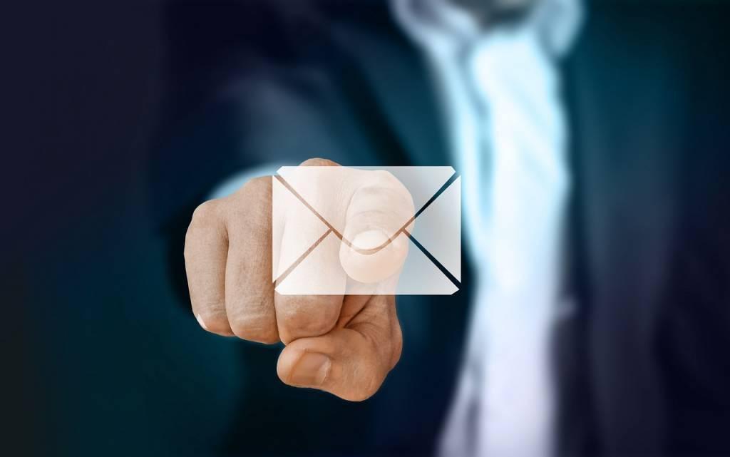 L'uso di programma per mail porta vantaggi in termini di controllo, usabilità e tempo. Alcuni consigli per gestire la mail con client e cloud