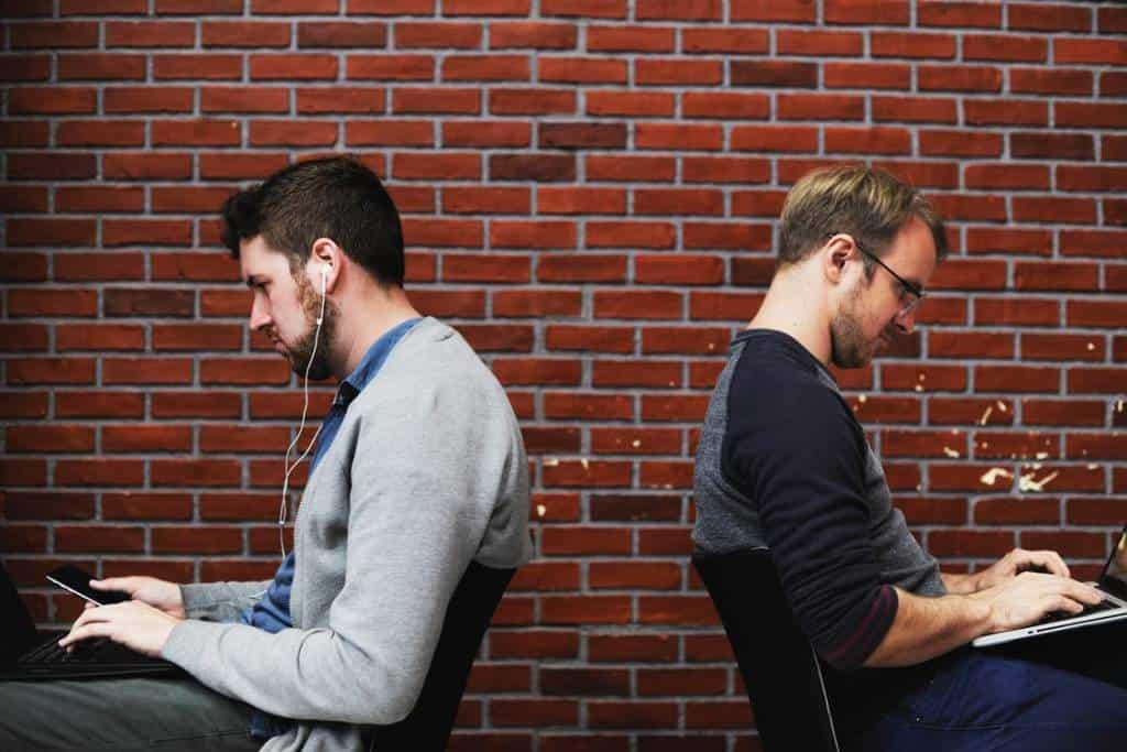 Se non si approccia il gaming online con le debite contromisure, si rischia di finire nelle grinfie degli hacker. Internet security, cos'è?