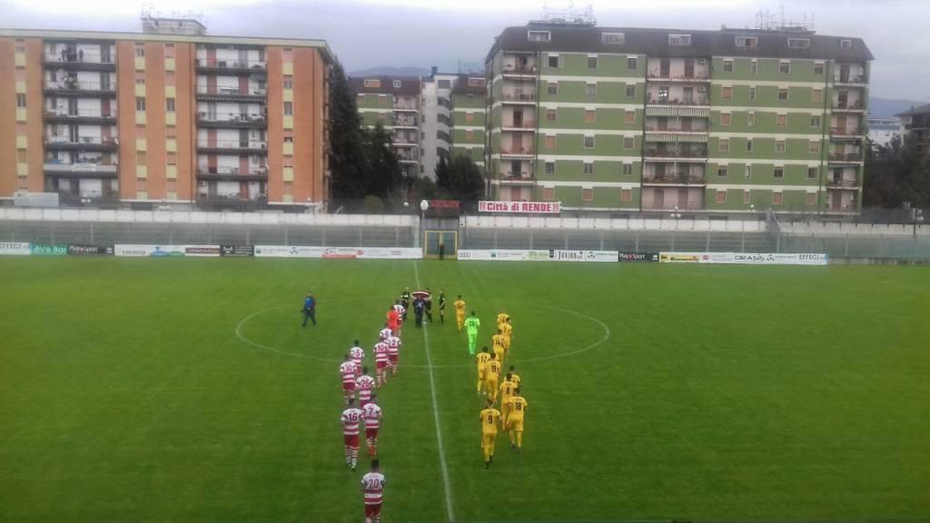 La Juve Stabia pareggia a Rende conquistando un punto importante in una partita impegnativa. Ecco com'è andata al Lorenzon di Rende
