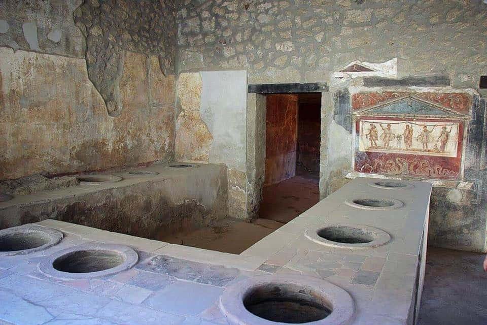 Approvato un piano strategico per migliorare l'interconnessione fra i siti archeologici di Pompei, Ercolano e Torre Annunziata.