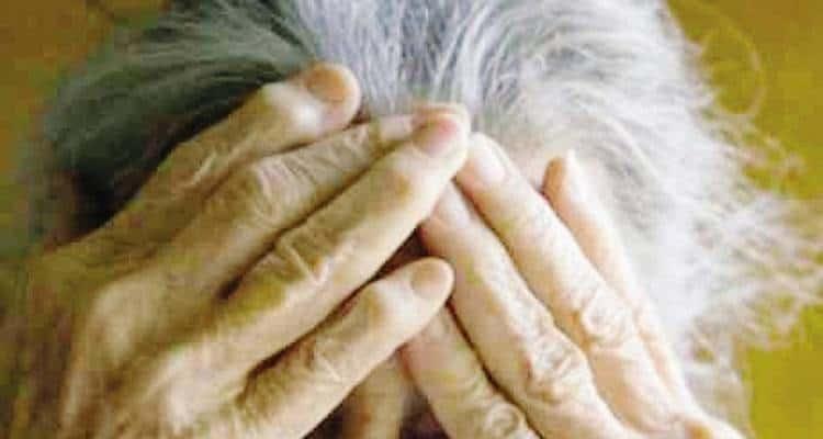 Anziana picchiata: arrestate le due badanti