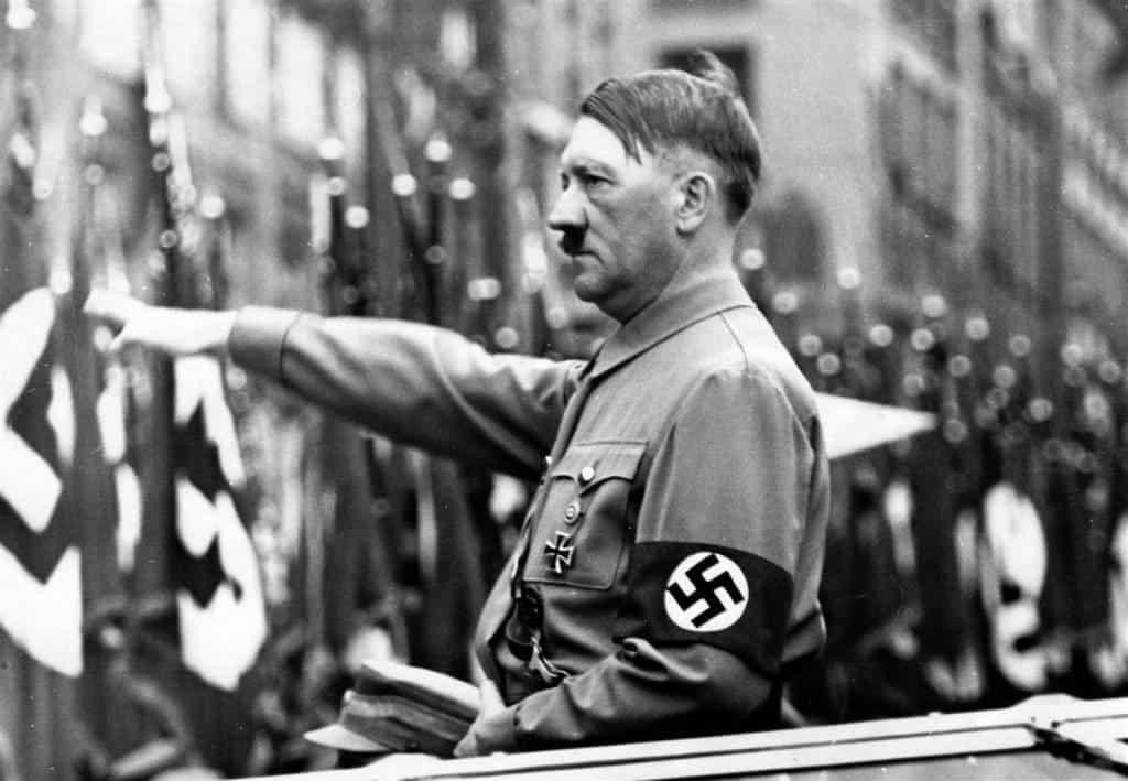 Il 20 Aprile 1889 in Austria, nella cittadina di Braunan am Inn nacque l'uomo che sconvolse il Mondo, Adolfl Hitler.