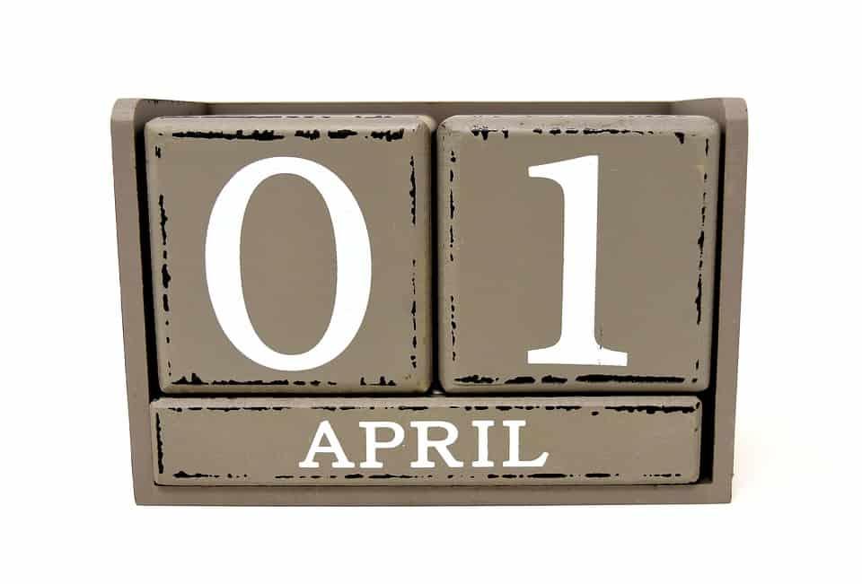 """Quest'anno la Pasqua coincide con il Primo di Aprile e dunque, oltre a scambiarsi gli auguri, attenti agli """"scherzi di Aprile"""""""