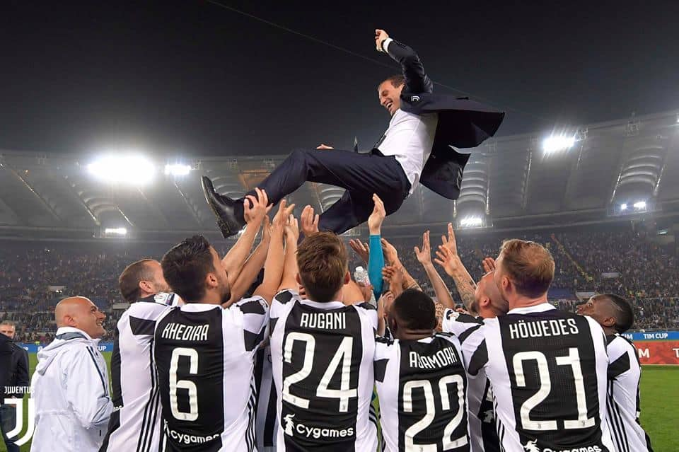 Juventus a Roma: dopo il successo in Tim Cup col Milan, i bianconeri tornano nella capitale per trovare un punto che significherebbe scudetto con un turno d'anticipo.