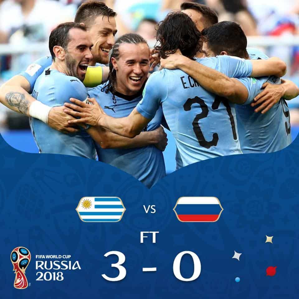Uruguay vs Russia: Suarez e compagni battono agevolmente i padroni di casa chiudendo con tre vittorie in tre gare disputate.
