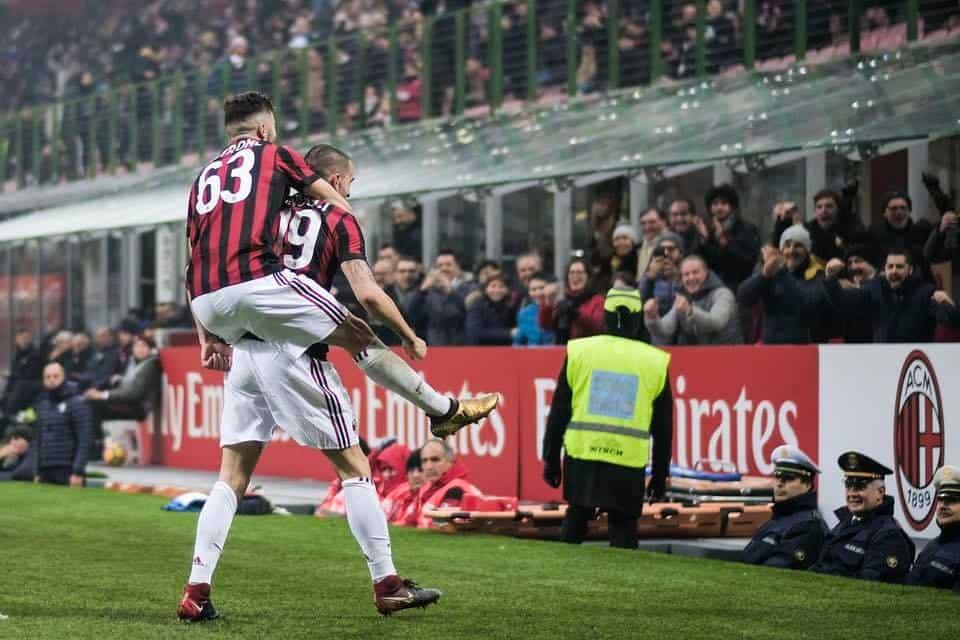 Bonucci alla Juve: la stretta finale si avvicina, ed il Milan potrebbe prendere anche l'argentino in prestito.