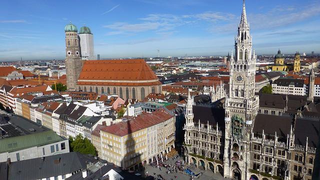 Monaco di Baviera, per qualità della vita, è considerata come la migliore città della Germania. I turisti ed i tedeschi amano visitare la capitale della Baviera. Ecco cosa fare