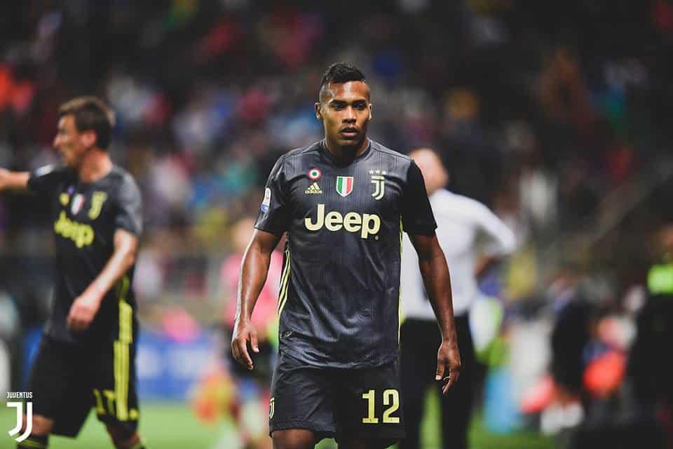 Intervista Alex Sandro: il terzino brasiliano parla di Ronaldo, Juventus e Neymar dal ritiro della sua nazionale.