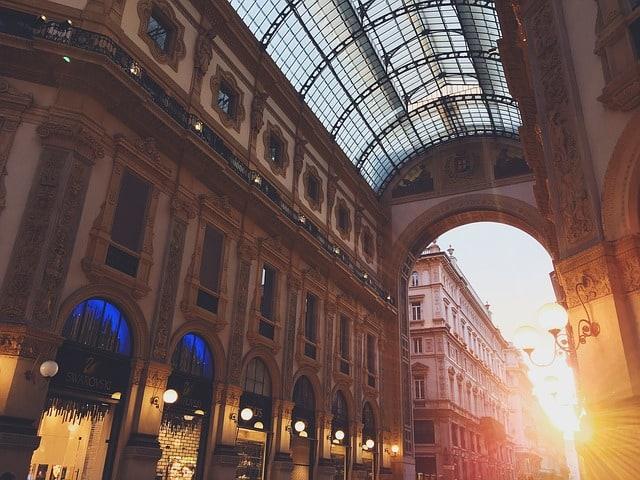 La città meneghina è pronta ad accogliere le firme e le star della moda mondiale. Ecco la Milano Fashion Week