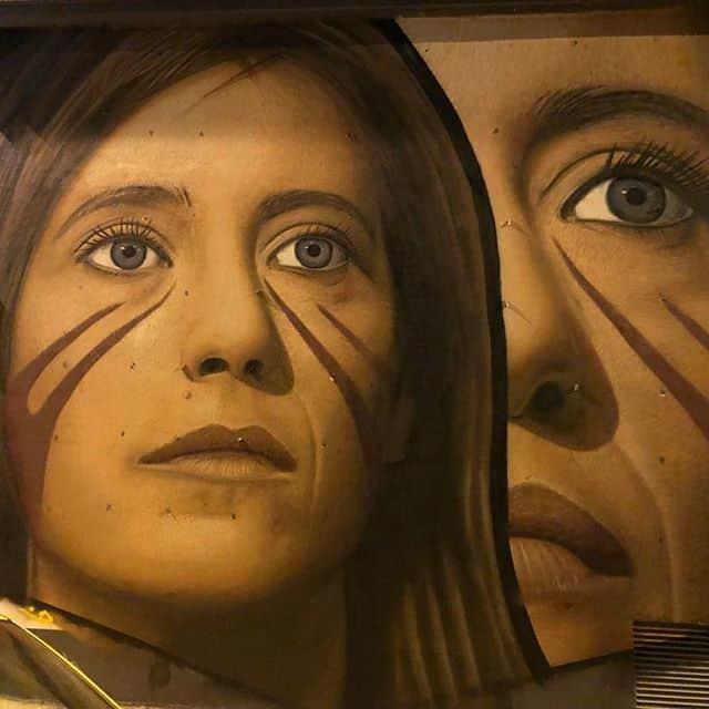 Napoli, Sarà Ilaria Cucchi ad inaugurare il murale di Jorit che la raffigura.L'inaugurazione avverrà lunedì 22 ottobre alle ore 18:00.