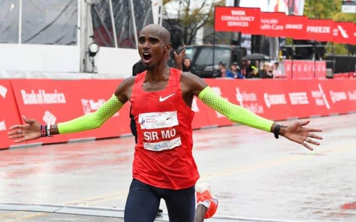 """Mo Farah vince la sua prima 42 km della carriera e lo fa in maniera magistrale.Taglia il traguardo in 2h05'11"""""""