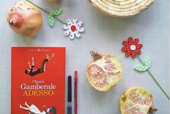 Adesso: la nostra recensione dedicata all'opera della scrittrice romana Chiara Gamberale, edito dalla casa editrice Feltrinelli nel 2016.