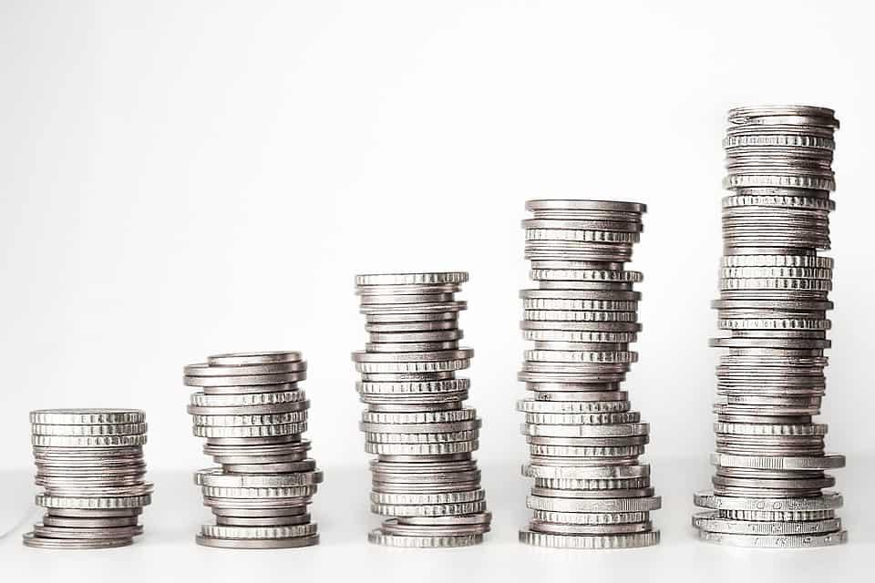Il Bruzio, del valore di 20 euro, è un nuovo strumento di pagamento coniato a sostegno delle famiglie economicamente svantaggiate.
