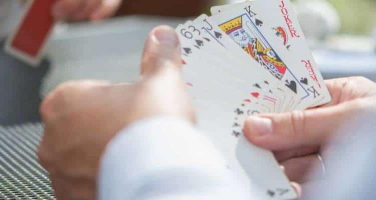 Il burraco online è un gioco molto popolare e gli amanti del genere sono sempre alla ricerca di strategie vincenti.