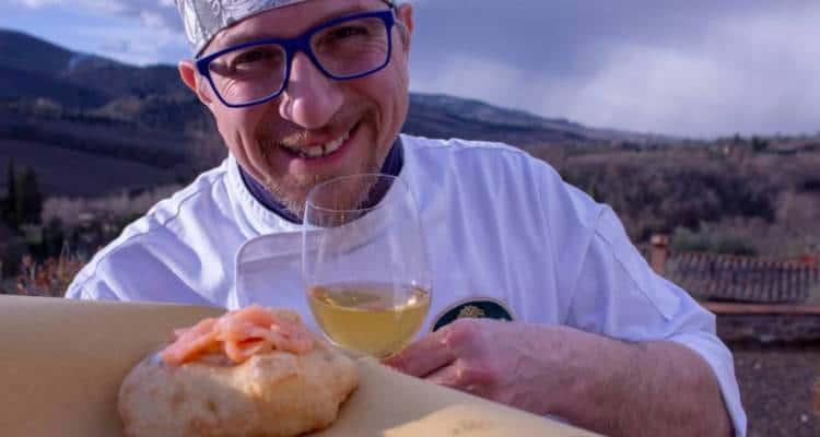 """""""Siamo in Finale!"""". Così, Giovanni ha ringraziato sulla sua pagina ufficiale, """"Le Pizze di Giovanni Santarpia"""""""