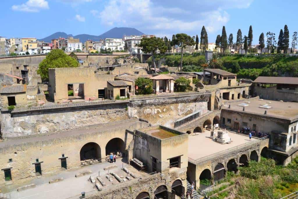 Il Parco Archeologico di Ercolano scelto come ambientazione per la campagna fotografica della nuova collezione Gucci Pre-Fall 2019-2020.