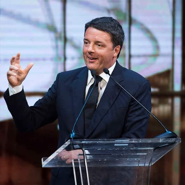 Tiziano Renzi e Laura Bovoli, genitori di Matteo Renzi, sono agli arresti domiciliari per bancarotta fraudolenta e false fatturazioni