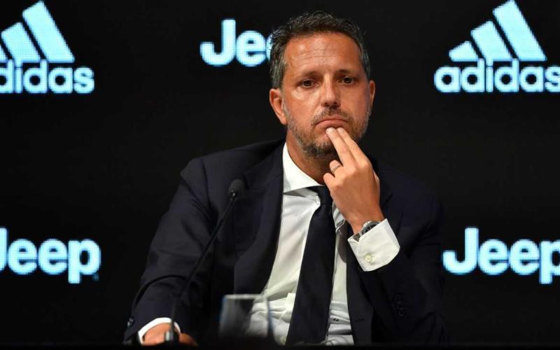 """C'è anche un po' di Juve al Football Leader 2019: il ds Fabio Paratici è stato infatti premiato come """"dirigente dell'anno""""."""
