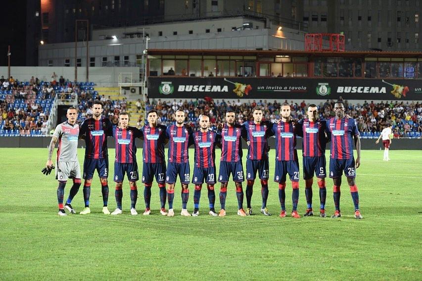 Ieri sera, presso lo Stadio Ezio Scida di Crotone, si è giocata Crotone - Arezzo ,partita valida per il secondo turno diCoppa Italia.