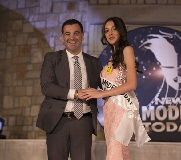 La serata condotta da Enzo Costanza vede vincitrice ad Avellino Veronica Tartaria come New Model Today Campania 2019.
