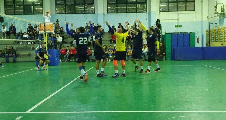Tre: numero perfetto! Castellammare vince su Napoli 3 a 0. Altra vittoria per la Link Campus University Stabia, pallavolo maschile, serie D.
