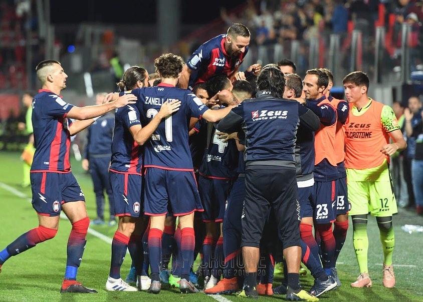 Ieri sera, presso lo Stadio Ezio ScidadiCrotone, alle ore21:00, si è giocataCrotone – Ascoli, valida per la12^ giornata di Serie B.