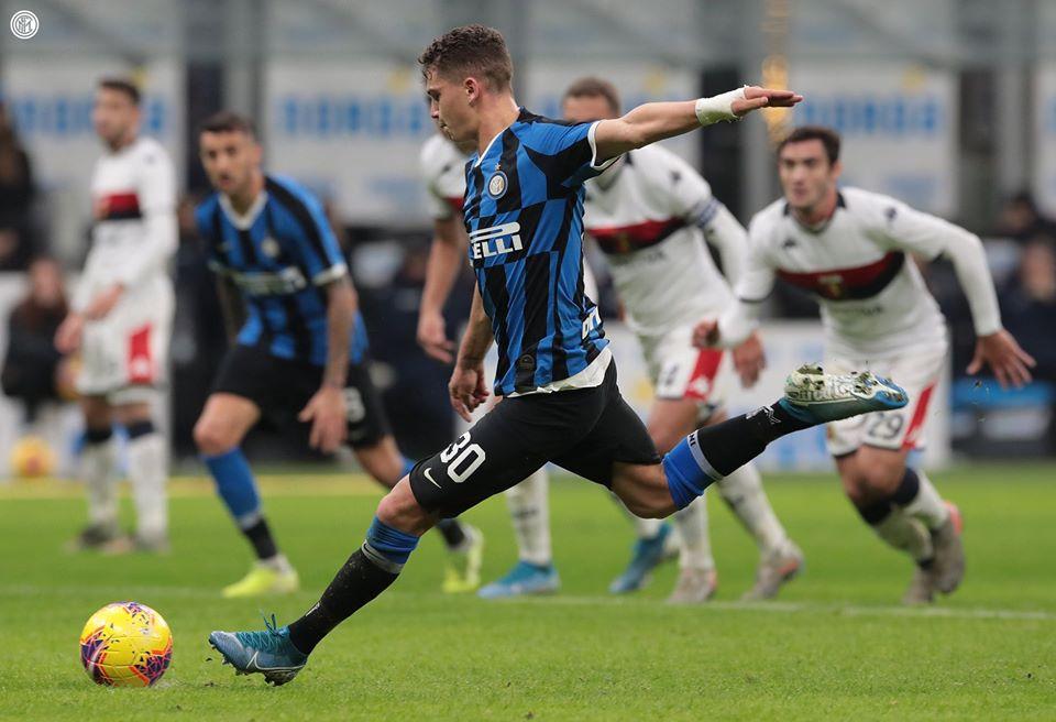 Inter - Genoa: Vittoria schiacciante quella neroazzurra che si riprende il primo posto in classifica battendo il Genoa.
