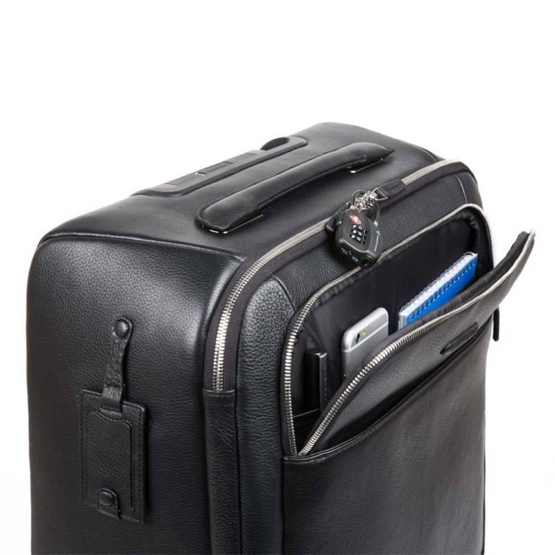 La scelta della valigie è molto importante. Si può optare per un bagaglio tradizionale, trolley, borsoni o valigie di tendenza. Alcuni idee