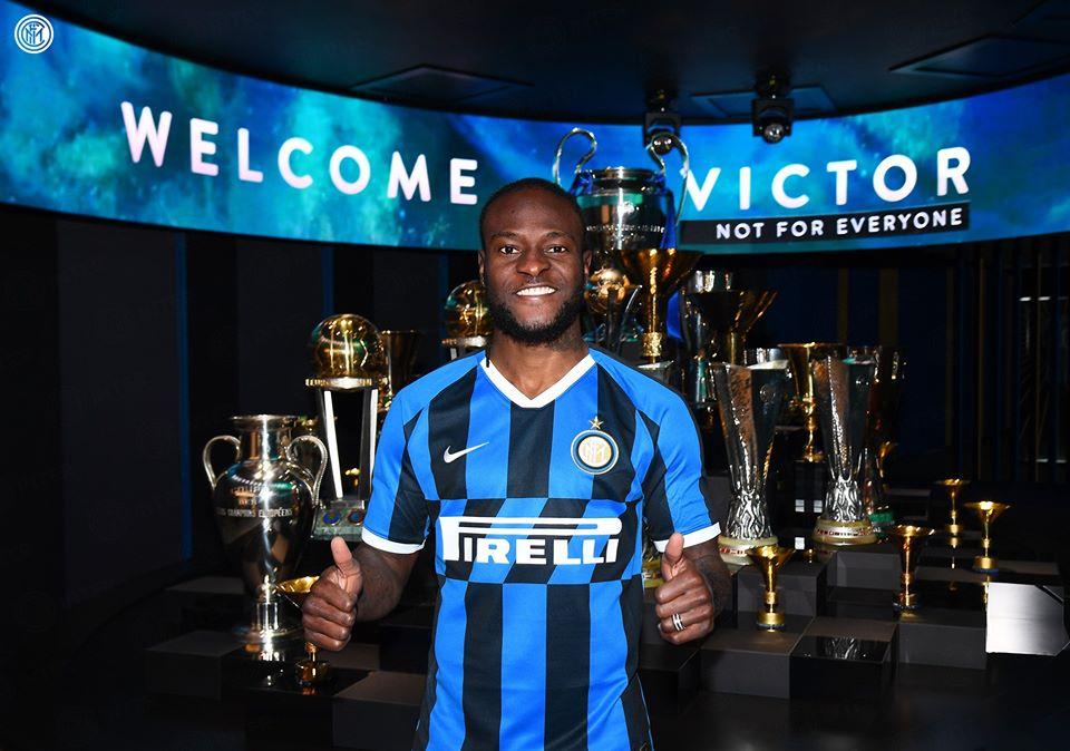 L'ormai ex giocatore del Chelsea, Victor Moses, è il nuovo acquisto dell'Inter, il secondo di questa sessione di mercato.