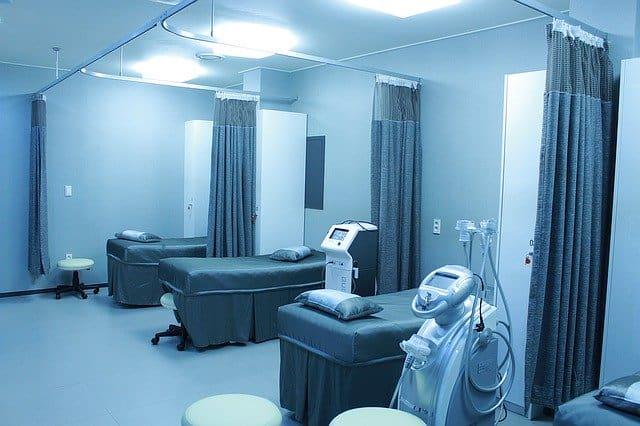 All'ospedale Covid di Boscotrecase arriva un robot, che sanifica gli ambienti in poco tempo. A breve anche negli ospedali dei comuni vicini